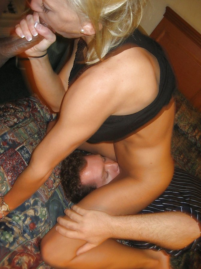 Wife Loves Eating Pussy