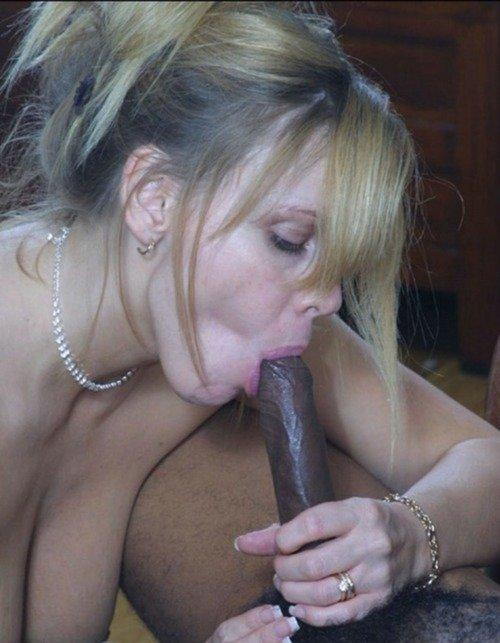 White Milf Sucking Black Dick