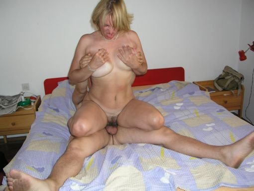 amateur mature wife on top