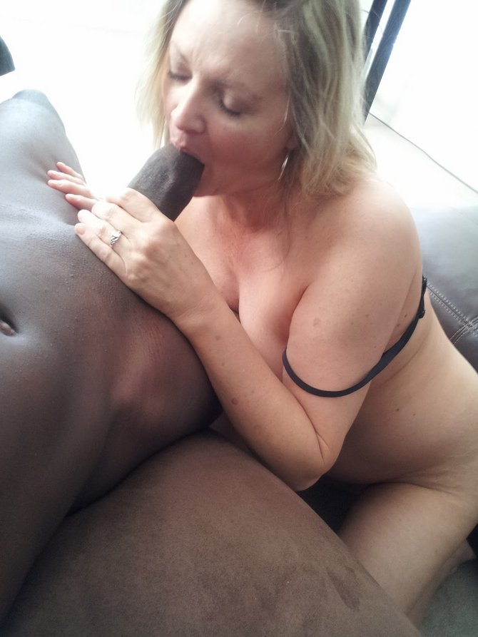 Amateur Cheating White Girl